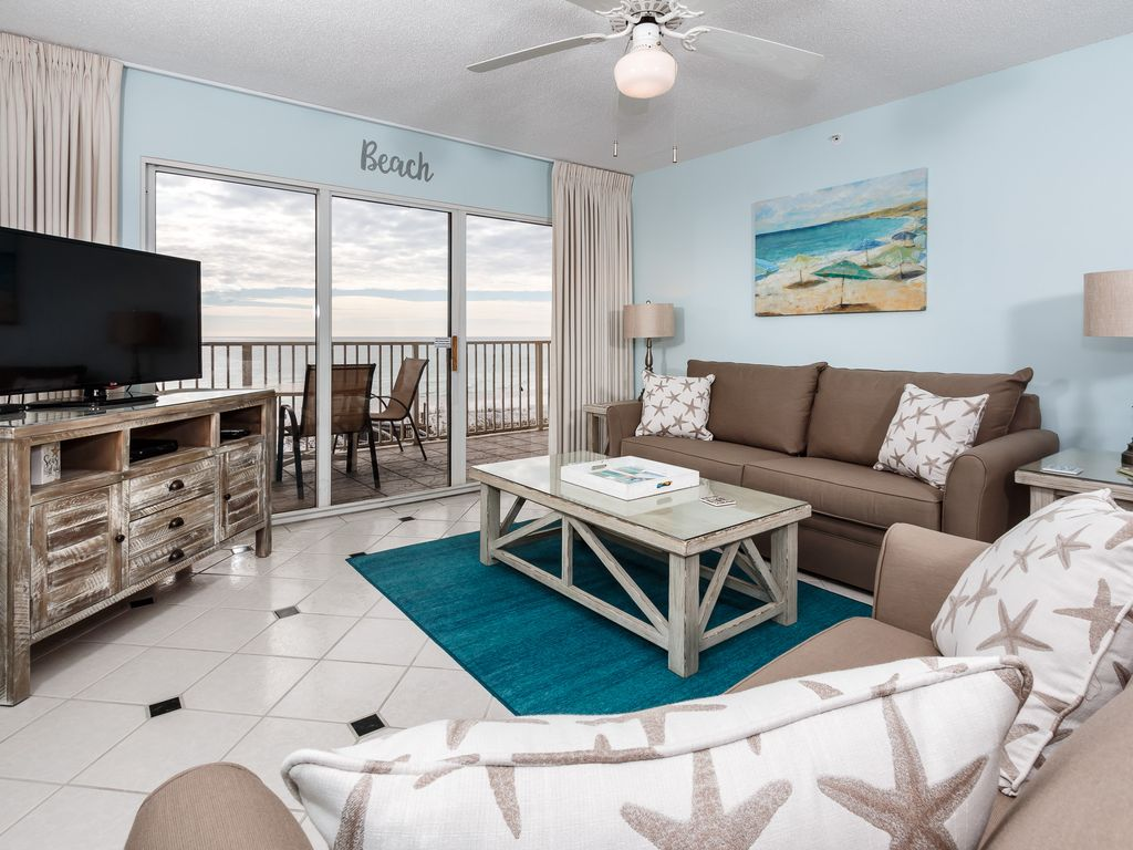 GD 301 DELIGHTFUL CONDO FREE BEACH