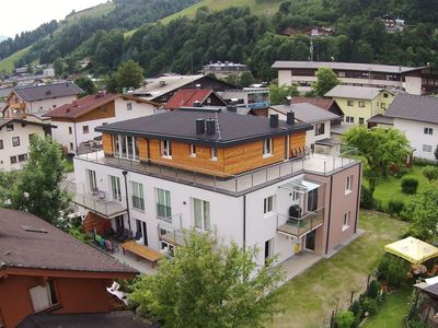 Photo for Wonderfully luxurious and large apartment in charming Zell am See
