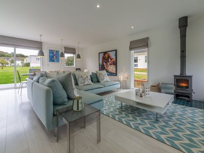 Photo for Spacious, light and airy well-equipped four-bedroom home