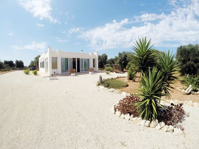 Photo for Villa with Pool surrounded by the high Salento