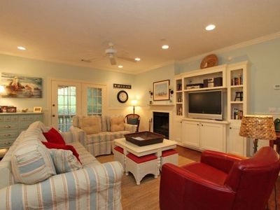 Photo for Updated 3 BR/2.5 BA Family Friendly Villa! Golf Views! Access to All Amenities!