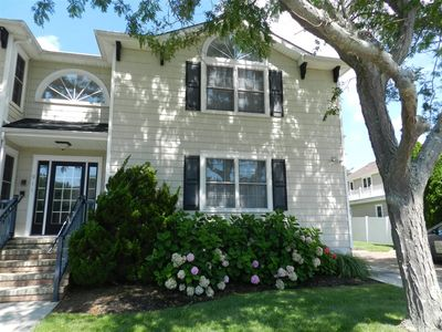 Photo for Shore Perfection in the Heart of Cape May! 3BR/2BA Condo.