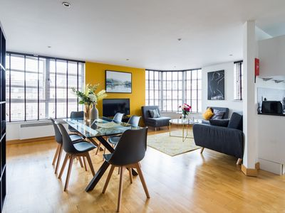 Photo for Gorgeous city Apt with parking