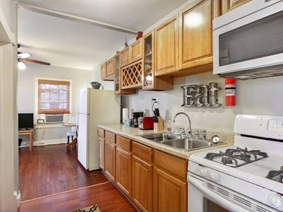 Photo for One Bdrm Apartment, Walking Distance to Jazzfest, Close to the French Quarter!