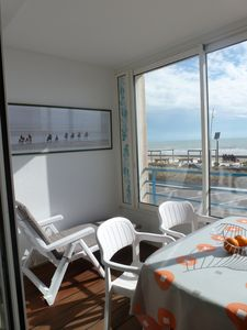 Photo for Superb T2 facing Ocean - Esplanade of the Sea (loggia, parking, bed 160 ..)