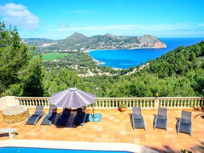 Photo for The Finca Magaretta in Canyamel on a hillside and from all levels has a fantastic view of the bay.