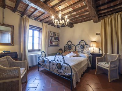Photo for 1BR Apartment Vacation Rental in Passignano Sul Trasimeno, Umbria
