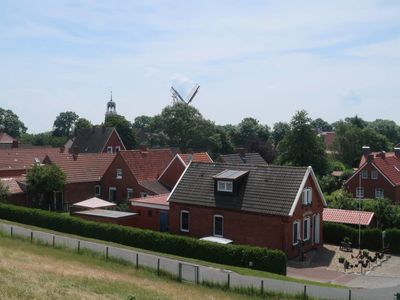 Photo for Ditzum Holiday Home, Sleeps 8 with Free WiFi