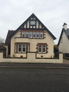 Photo for Beautiful 6 bedroom detached property close to beach, town and golf course