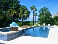 A lovely pool and hot tub right on the golf course. Plenty of accommodation .