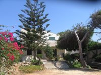 Well situated property for the sandy beach - just across the road.