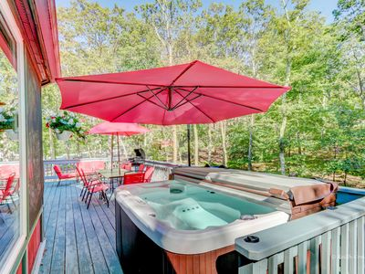 Photo for 4BR House Vacation Rental in East Stroudsburg, Pennsylvania