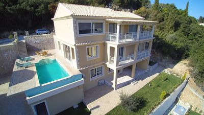 Photo for Luxurious villa with pool, WIFI, quiet location in Aghios Mattaios in Corfu