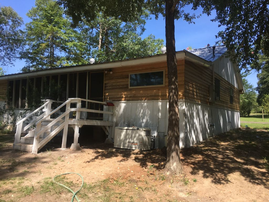 Property Image#3 Come By Our Cabin On Toledo Bend!  Facebook   @
