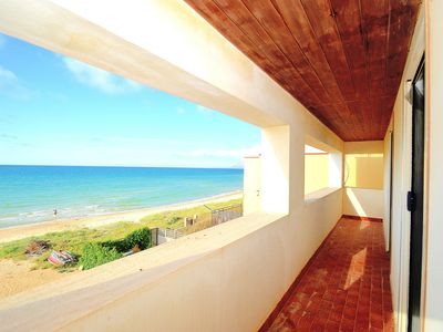 Photo for Beach apartment 6 beds air-conditioned