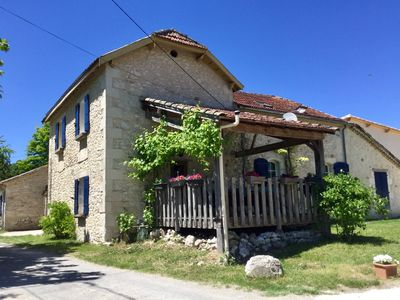 Photo for Rural gite with pool and lake views