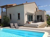 Beautiful property in a gorgeous, safe and lovely area near St Cyprien beach.
