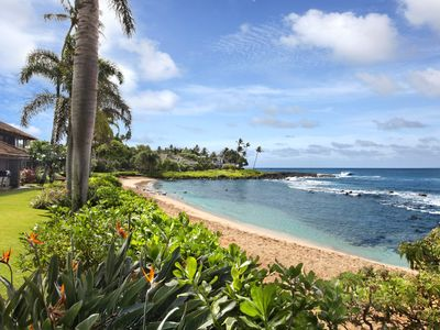 Photo for Hale Luana: Beachfront on Baby Beach - private pool & Oceanfront Views with AC!