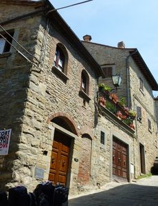 CHARMING APARTMENT in Cortona with Wifi. **Up to $-326 USD off - limited time** We respond 24/7