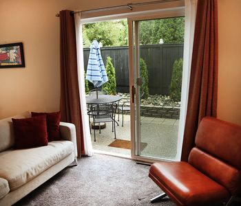 Photo for In-City townhouse - with private BBQ  area - Sleeps 6