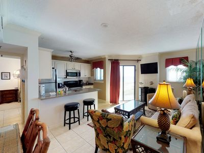 Photo for NEW! Plantation Palms condo w/Gulf view, pool and hot tub, easy walk to beach