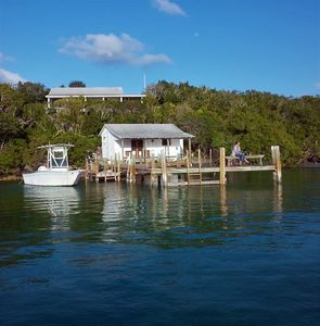 Charming one bedroom cottage overlooking the Eastern Harbor on Man O War Cay