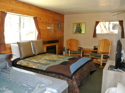 Photo for CABIN #4 - BEAR CLAW (JACUZZI & FIREPLACE)