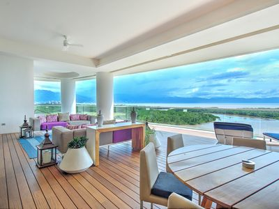 Photo for Grand Luxxe Residence 4 Bedroom- Accommodates 12 adults and 4 children