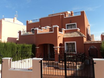 Photo for Superb furnished south facing villa with air conditioning.