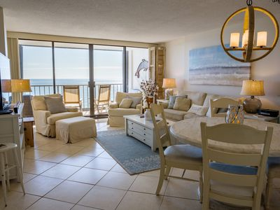 Photo for Beautiful 2 Bedroom/2 Bath Oceanfront Condo