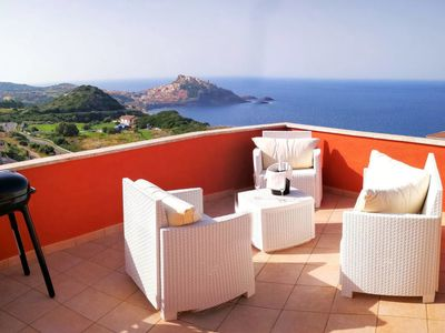 Photo for One bedroom Apartment, sleeps 4 with Air Con, WiFi and Walk to Beach & Shops