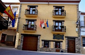 La Tinaja Apartamentos Rurales for 14 people