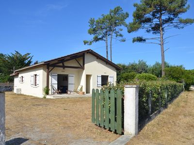 Photo for Close to beach, very nice 3 bedroom house on own land with sunny aspect private