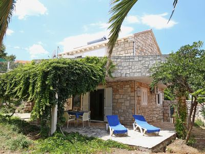 Photo for Adorable stone house with terrace,20m distant from beach !