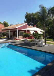 Photo for DESIGN AND COMFORT WITH PRIVATE POOL 8PAX 160m2 NEXT TO VALENCIA