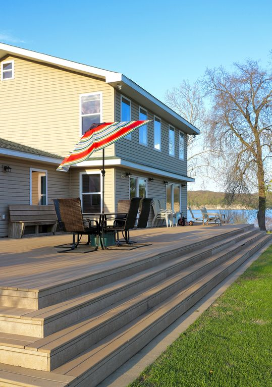 Beautiful 5 Bedroom Waterfront House on Grand Lake   Private Dock   Boat Ramp