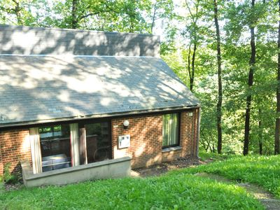 Photo for Nicely furnished bungalow with a fireplace near the Maas