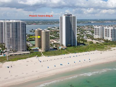 Photo for Comfortable condo located in the most spectacular beach section of Singer Island