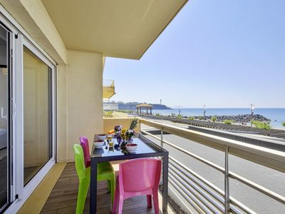 Photo for Charming two-bedroom with balcony facing the ocean in Anglet - Welkeys