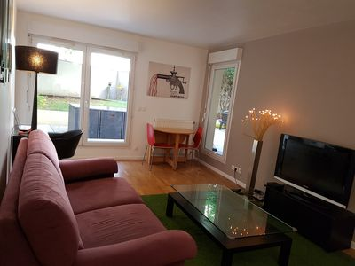 Photo for Apartment with garden 15mn from the Champs Elysees!