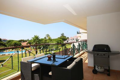 Large terrace, table and barbeque