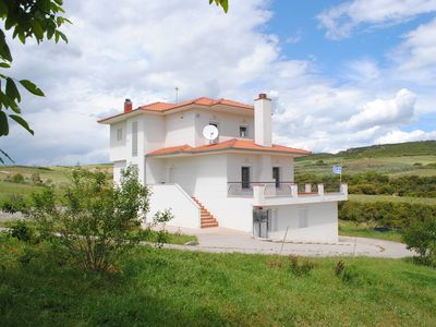 Photo for Secluded villa between Thessaloniki and Halkidiki