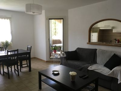 Photo for Quiet T3 apartment near downtown and beaches