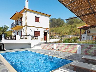 Photo for A peaceful villa combining traditional interior with mod cons, including air con & free Wi-Fi