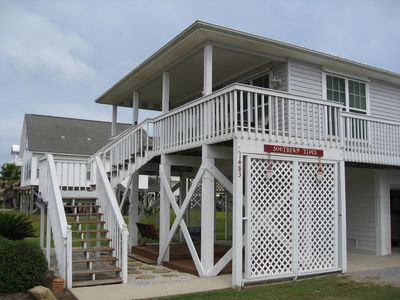 Photo for A Charming Beach Cottage with Gulf / Lagoon views, close to shopping and eating