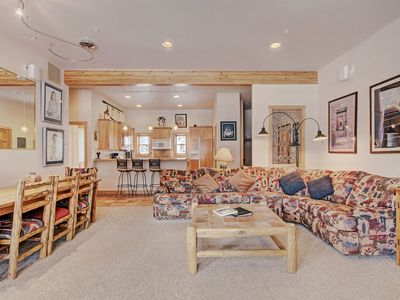 Photo for Unique 3 Bedroom Top Floor Condo in Mill Creek - 2 Minutes to the Slopes!