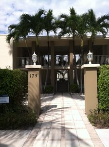 A view of the main entrance to The 5th Avenue Beach Club