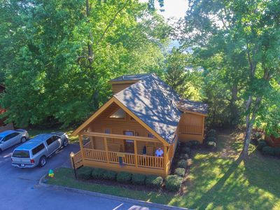 Photo for 2 bedroom log cabin with mtn views close to parkway