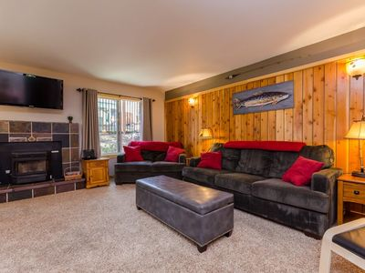 Photo for Cozy, Updated 1 Bedroom Condo Close To Lifts And Shuttle Stop Sleeps Up To 4
