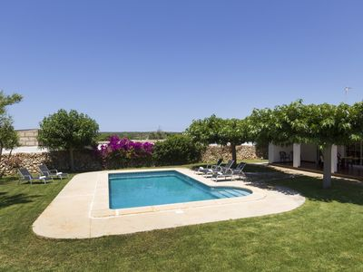 Photo for Villa in the countryside, surrounded by flowers, swimming pool, bbq ....